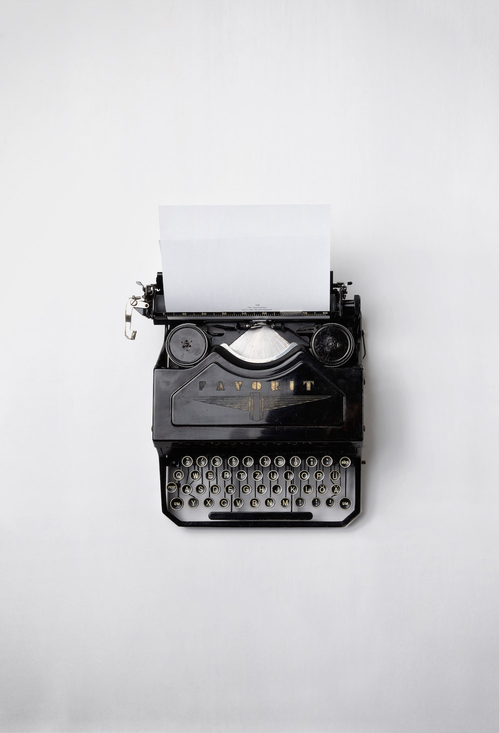 typewriter-unsplash